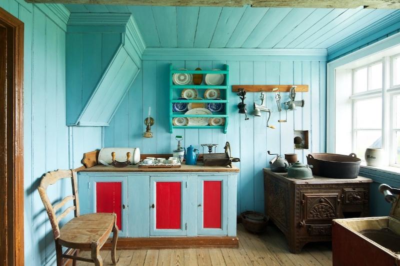 Ada üzerinde bulunan tipik 19. yüzyıl evlerinden bir mutfak