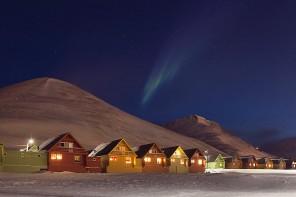 Longyearbyen'de Kuzey Işıkları