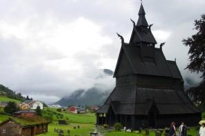 Norveç'in Orta Çağ Kiliseleri