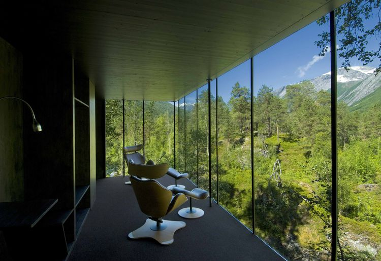 juvet-hotel-norway-views-forest