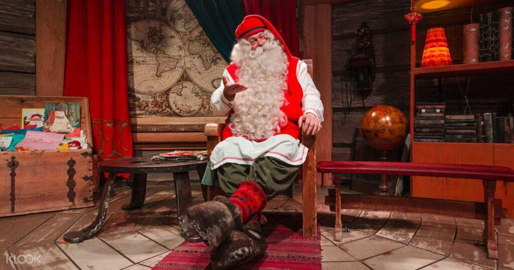Santa Claus Köyü Noel Baba'nın Ofisi / Fotoğraf: santacalusvillage.info
